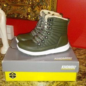 0205 Khombu Alegra Waterproof Lace Up Ankle Boots